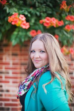 Holly Watson (Vocal Coach and Piano Teacher)